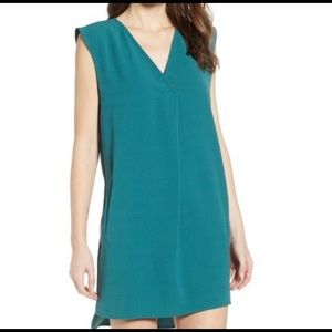 Leith Everyday Mini Shift Dress Emerald Green